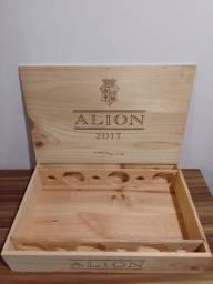 Título do anúncio: Caixa de madeira de vinho Alion (vazia)