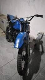 MOTO DT 180 CL TRILHA