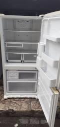Título do anúncio: Geladeira  ou   Freezer    Oportunidade entrego