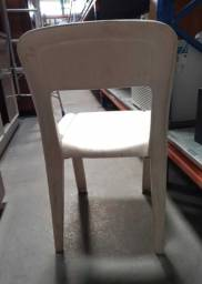 Cadeira s/ Braços Marfinite em Plástico Branco 76 cm x  43 cm x  41 cm