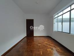 Título do anúncio: Apartamento à venda, 3 quartos, 1 suíte, 2 vagas, Ipiranga - Divinópolis/MG