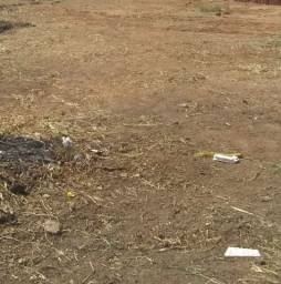 Título do anúncio: Repasse de terreno - 1km da Rodoviária