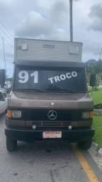 Caminhão 912