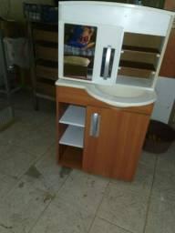 Vendo armário de banheiro