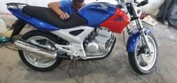 Moto tuyster 250