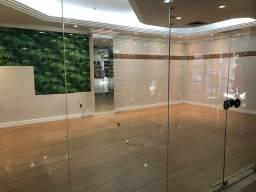Título do anúncio: Shopping para aluguel possui 52 metros quadrados em Centro - Araçatuba - SP
