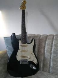 Guitarra Strato -preta