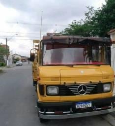 Mercedes 608D ANO 80