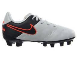 Chuteira de campo Nike Tiempo genio II leather fg 7a40f7b632c7e