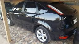 Focus Hatch 1.6 Completo - 2012