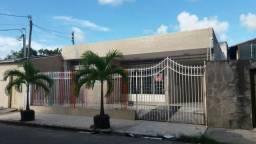 Casa na rua Nossa Senhora das Dores n°1099- Bairro Suissa