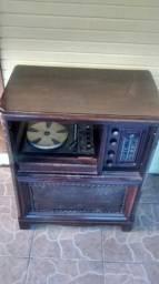 Vitrola Telefunken anos 40 pra restauração