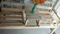 Lindos bancos de madeira rustica