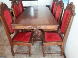 Mesa e cadeiras de cerejeira reformadas como novas