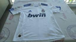 2a581182f5 Camisa de futebol real madrid original tamanho p