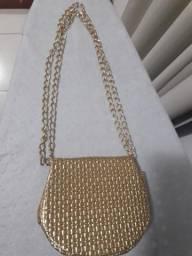 Bolsa dourada para festas e casamentos