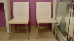 1 Cadeira Couro Branca