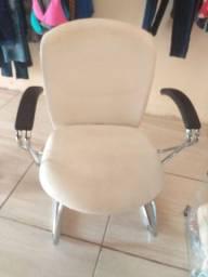 Cadeira nova ?