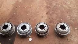 Vender 2 pneus e 4 rodas