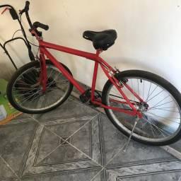 Bicicleta nova , pouco tempo de uso
