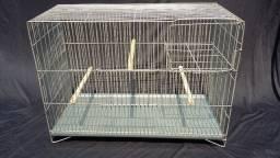 Gaiolas usadas para criação de pássaros