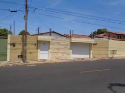 Casa Residencial para aluguel, 3 quartos, 7 vagas, Horto - Teresina/PI