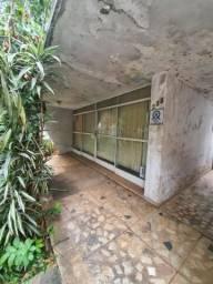 Casa 5 quartos, 2 vagas de garagem, Bairro Carmo.