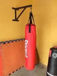 Suporte de Parede para Saco de pancadas Faço entrega Hoje confira