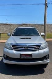 SW4 SRV 2013 7 lugares diesel 4 pneus novos 198.000 km. R$125.000,00