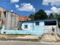 Vendo ou troco casa com laje no bairro Linhares 5