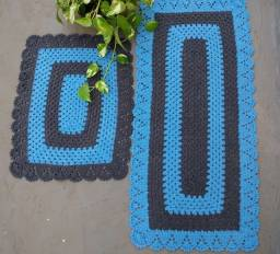 Título do anúncio: Tapetes de crochê marrom e azul
