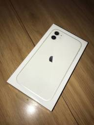 Título do anúncio: iPhone 11 64gb Branco lacrado
