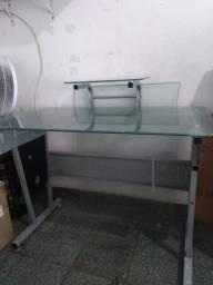 Título do anúncio: Mesa de vidro para computador