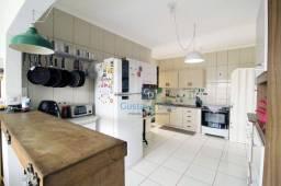 Título do anúncio: Casa com 3 dormitórios à venda, 173 m² por R$ 650.000,00 - Parque Doutor Carrão - Franca/S