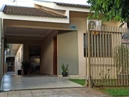 8042 | Casa à venda com 3 quartos em Jardim Imperial II, Maringá