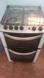Fogão 4 bocas e 2 fornos Electrolux