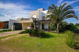 Casa com piscina 3 dormitórios Ocean Side - Torres