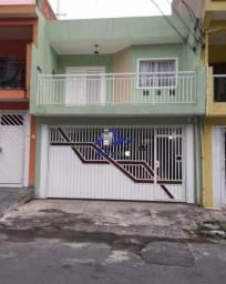 Sobrado para venda em Barueri, com 3 dormitórios.