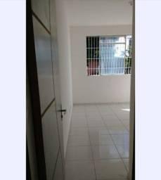Aluga-se ou vende-se apartamento na Maraponga próximo ao Detran, Carrefour