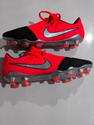 Chuteira De Campo Nike PRO