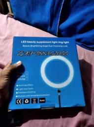 Ring light 20cm com tripé de mesa.