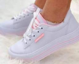 Tênis plataforma Puma, rosa e branco