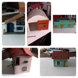 Título do anúncio: Lote de Casas para Ferromodelismo
