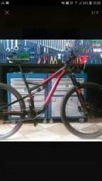 Título do anúncio: Bike Specialized.  Top