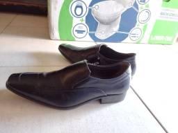 Sapato Social 38 DEMOCRATA.