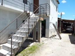 Título do anúncio: Vendo prédio com 4 kit net, com aluguel de 2 mil reais na Barra do Aririu. 100 mil reais.