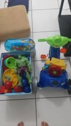 Brinquedos variados 2 anos