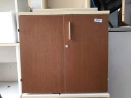 Armario baixo Seminovo de alta qualidade escritório ou casa