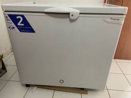 Freezer em estado de Novo 311L