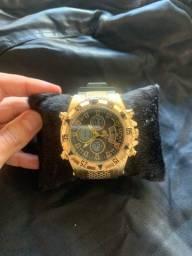Relógio invicta na caixa